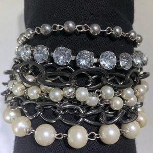 Jewelry - 11 strand blingy Bracelet